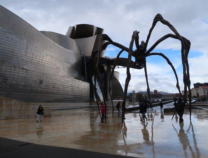 Aranha Mamá - Museu Guggenheim Bilbao, Bilbau © Viaje Comigo