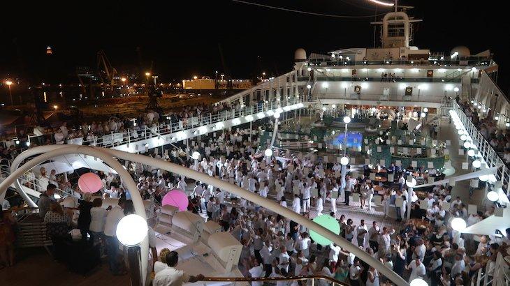 Festa Branca no MSC Magnifica © Viaje Comigo