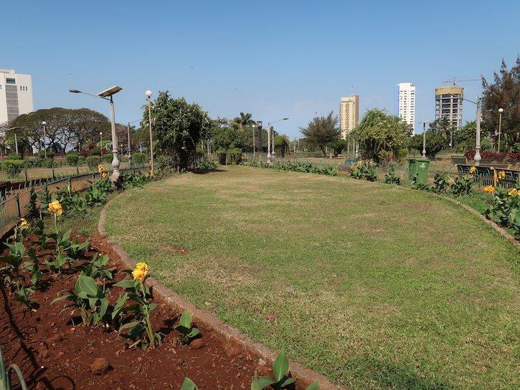 Jardins Suspensos - Hanging Gardens - Bombaim - India © Viaje Comigo