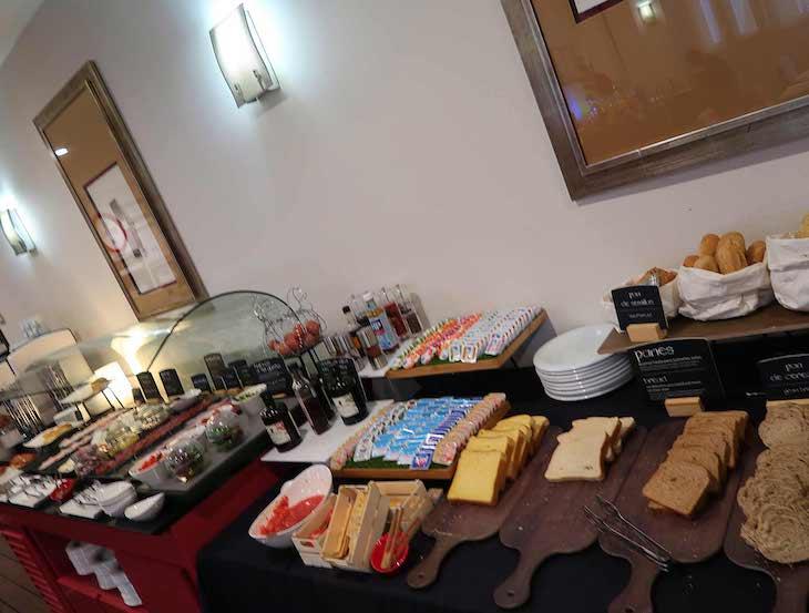 Pequeno-almoço do Hotel NH Bilbao Zubialde - Bilbau © Viaje Comigo