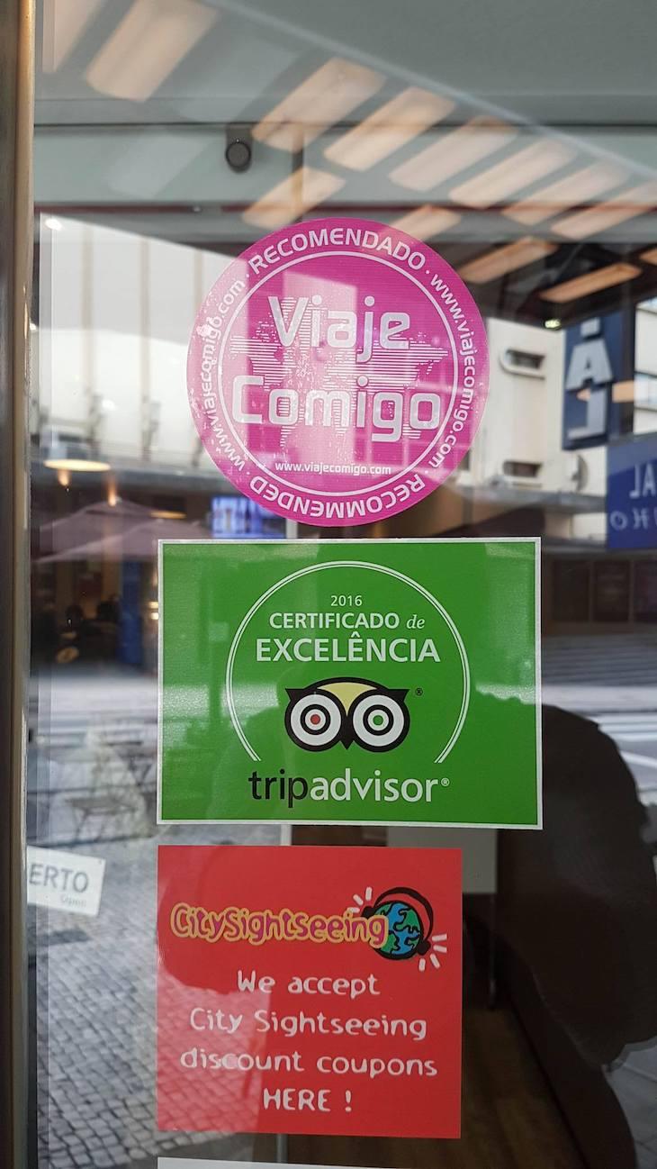 Selo Recomendado do Viaje Comigo no Lado B - Porto - Portugal