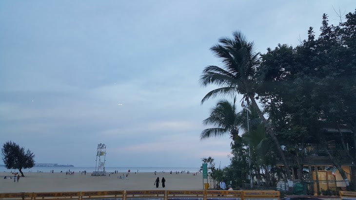 Praia em Bombaim - Índia © Viaje Comigo