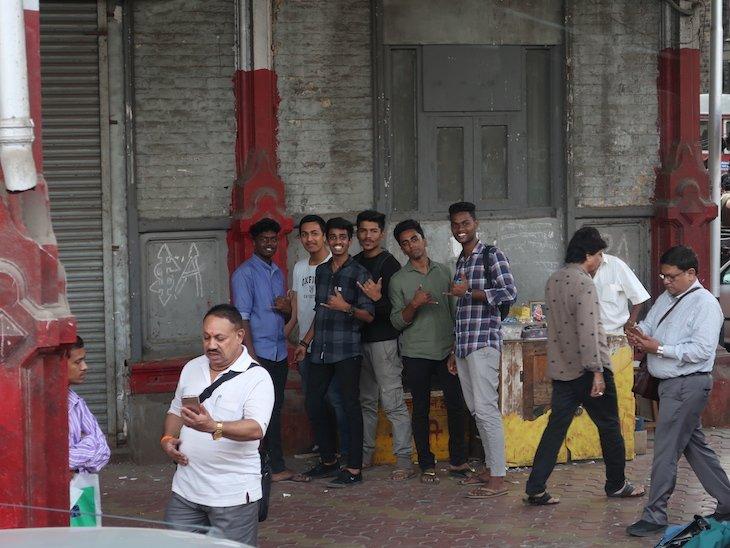 Rapazes de Bombaim - Índia © Viaje Comigo
