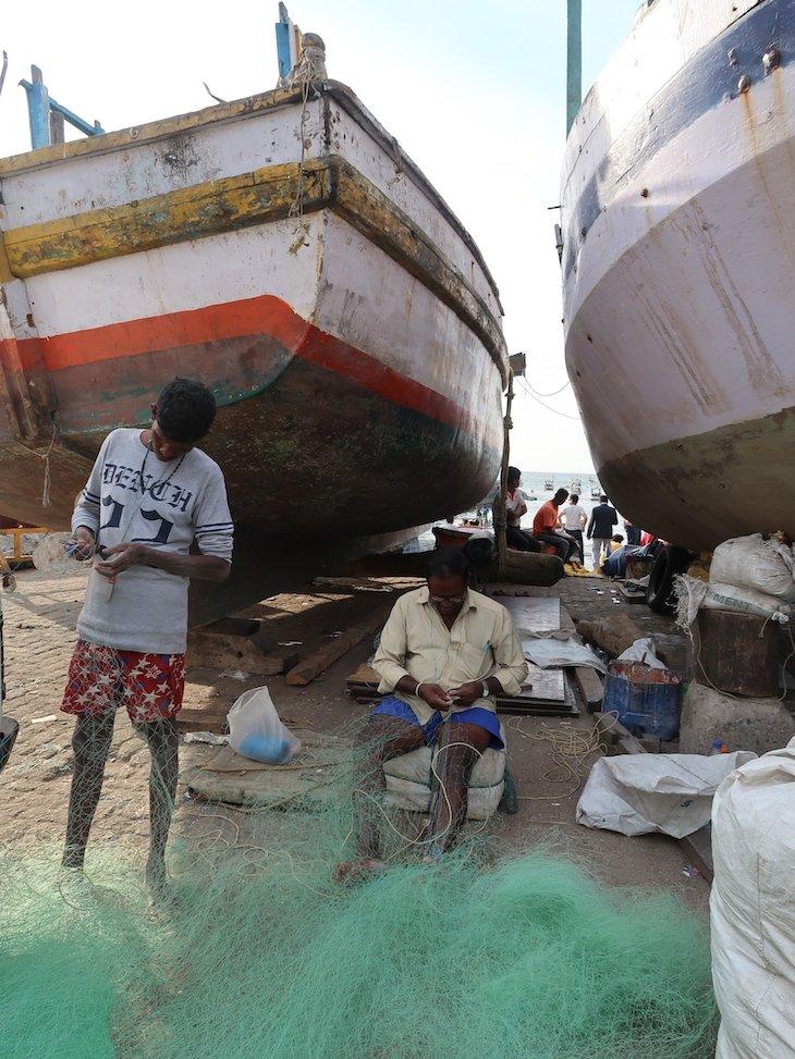 Porto de pesca em Bombaim - Índia © Viaje Comigo