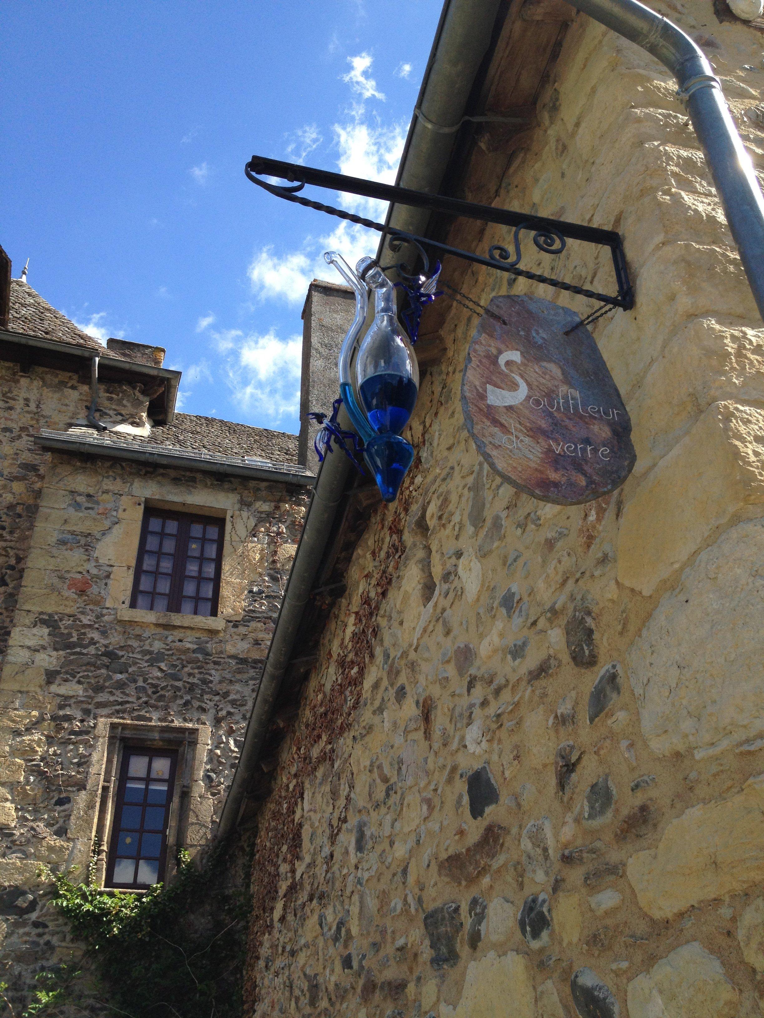Oficinas de artesanato - Sainte Eulalie d'Olt - Aveyron - França © Viaje Comigo