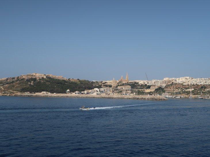 Vista para Gozo do ferry - Malta © Viaje Comigo