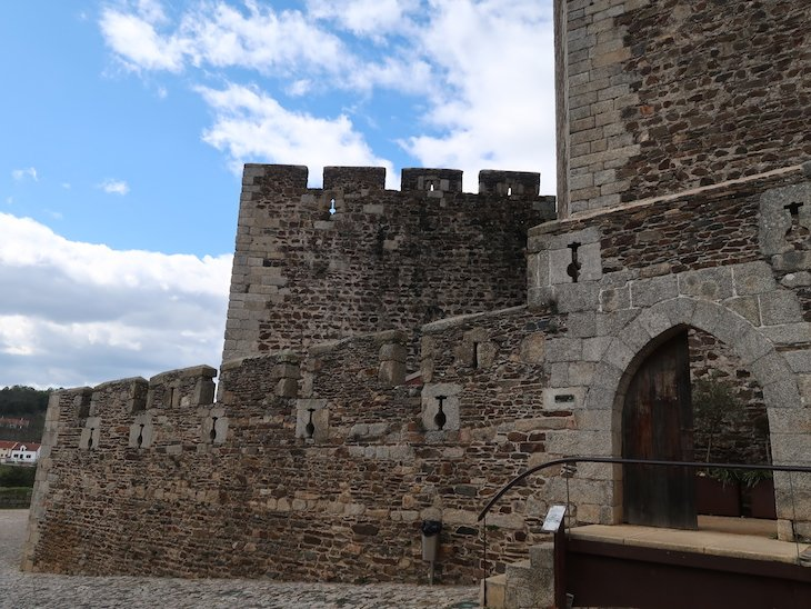 Castelo de Sabugal - Portugal © Viaje Comigo