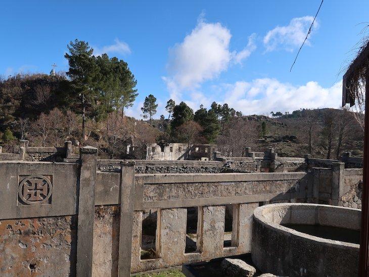 Ruínas das termas antigas do Cró Hotel Rural e Termal Spa © Viaje Comigo
