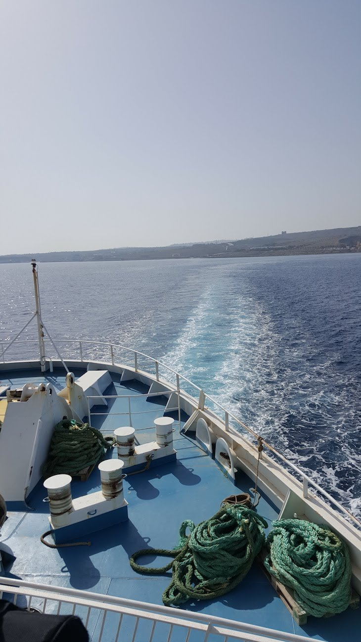 No ferry para Gozo - Malta © Viaje Comigo
