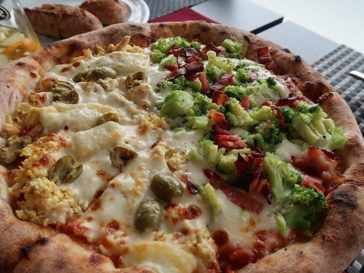 Pizza do Restaurante Fornalha, Matosinhos © Viaje Comigo