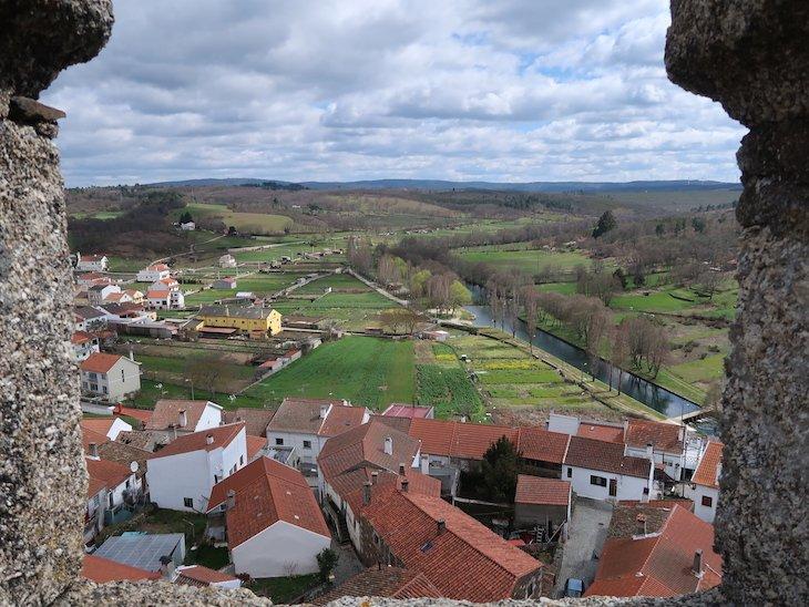 Vista para o rio Côa -Castelo de Sabugal - Portugal © Viaje Comigo