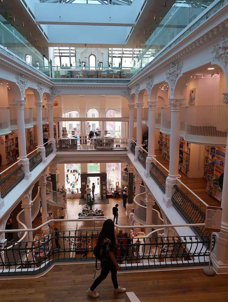 Carturesti Carusel - Bucareste - Roménia © Viaje Comigo
