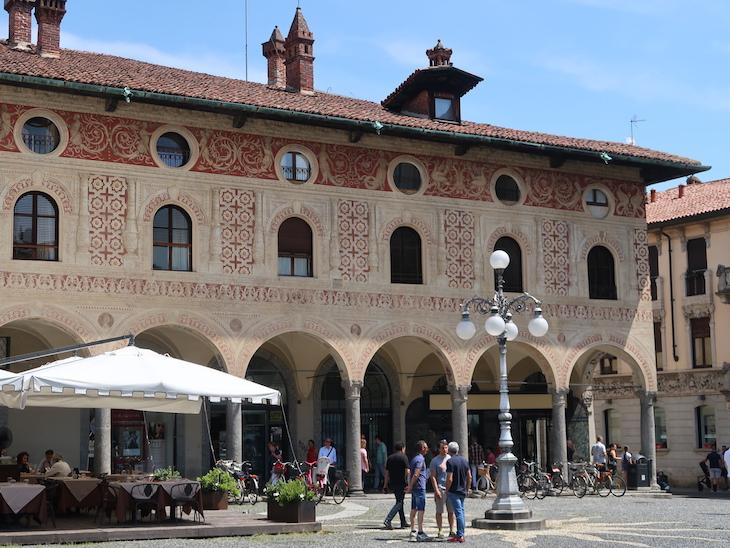 Em Vigevano - Itália © Viaje Comigo