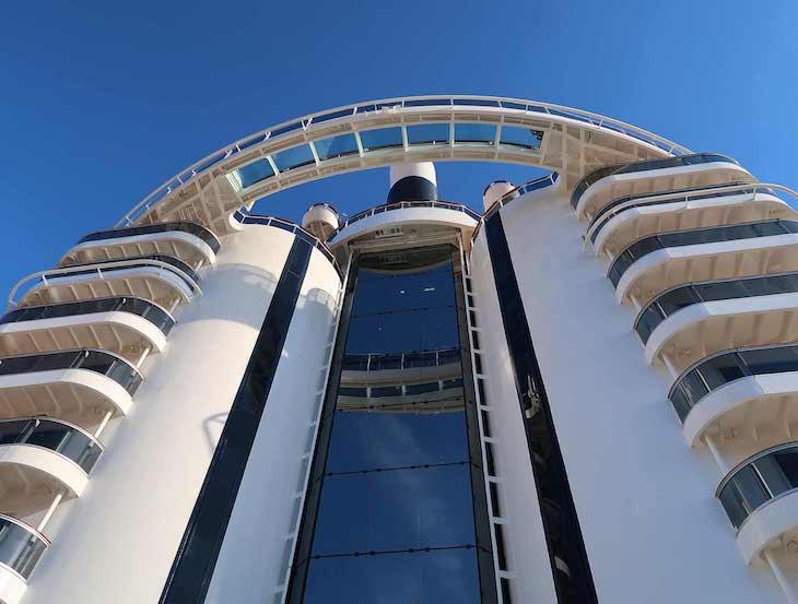 Elevador panorâmico - MSC Seaview © Viaje Comigo