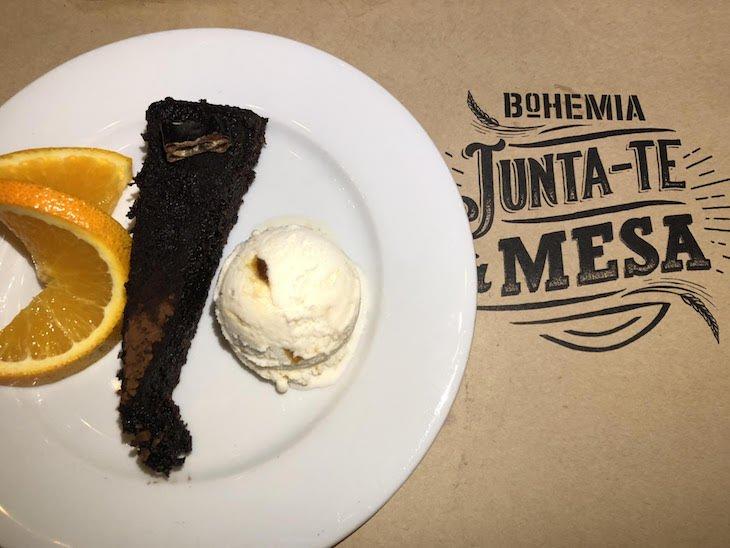 Tarte de alfarroba - Restaurante Ribalta foi ao Porto, para o Mesas Bohemia © Viaje Comigo