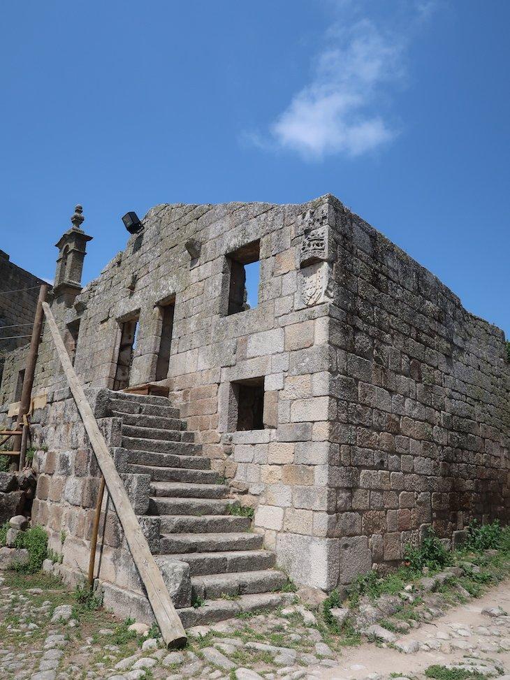 Antiga casa da Câmara municipal no Castelo de Marialva - Portugal © Viaje Comigo