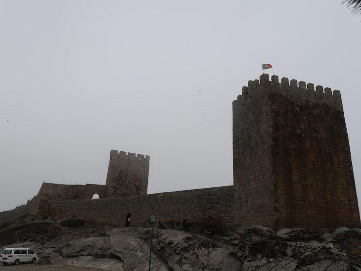 Nevoeiro no castelo de Linhares da Beira - Aldeias Historicas de Portugal @ Viaje Comigo