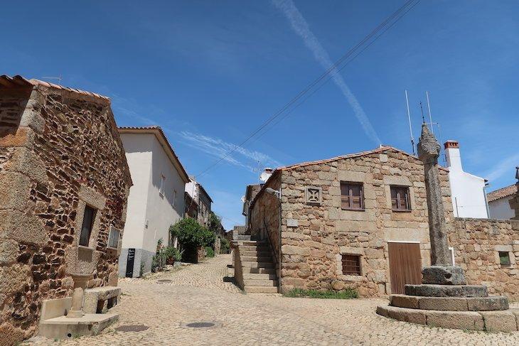 Aldeia Histórica de Idanha-a-Velha - Portugal © Viaje Comigo