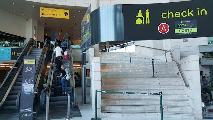 Aeroporto de Lisboa - Check in © Viaje Comigo