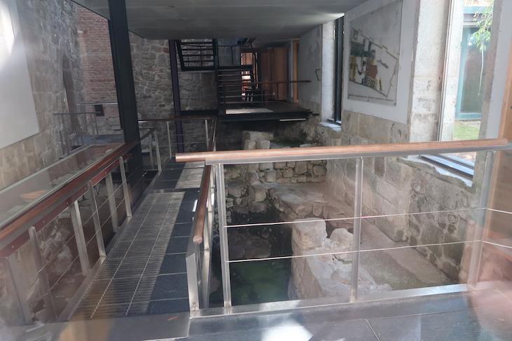 Arqueossítio no Porto - Portugal © Viaje Comigo