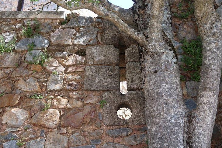 Bombardeias Cruzetadas - Castelo Rodrigo - Portugal © Viaje Comigo