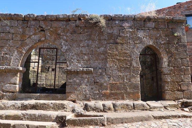 Cisterna de Castelo Rodrigo - Portugal © Viaje Comigo