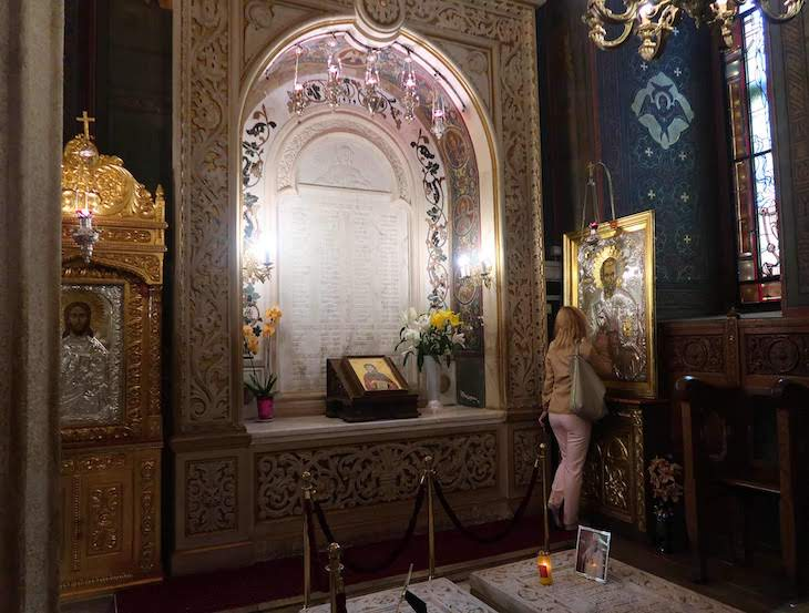 Catedral Patriarcal - Bucareste - Roménia © Viaje Comigo