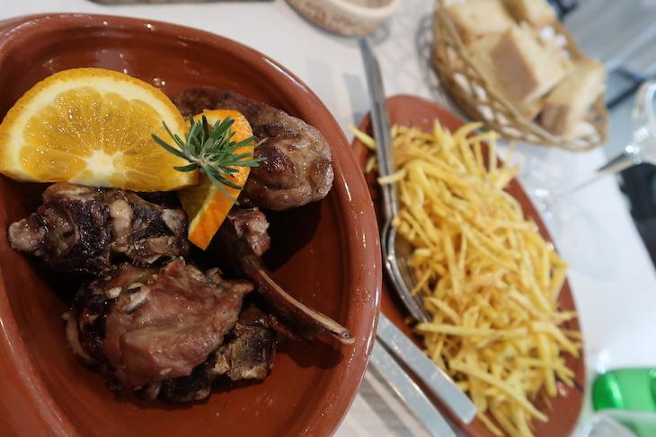 Restaurante Arco-Íris Castelo Rodrigo - Portugal © Viaje Comigo