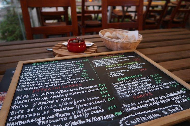 Ementa do Fio de Azeite, Belmonte, Portugal © Viaje Comigo