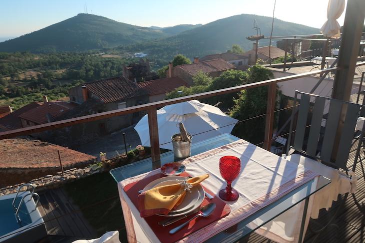 Casa da Cisterna - Castelo Rodrigo - Portugal © Viaje Comigo