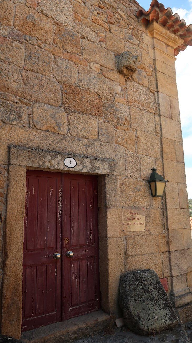 Antiga Câmara, Tribunal e Cadeia - Castelo Mendo - Portugal © Viaje Comigo