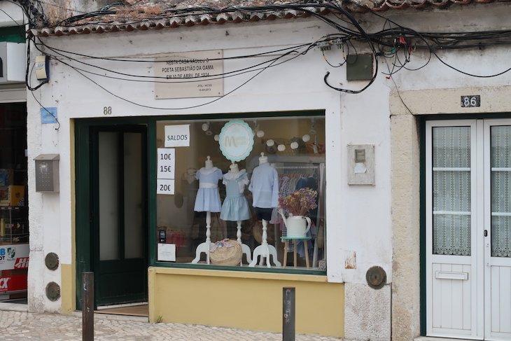 Casa onde nasceu Sebastião da Gama - Vila Nogueira de Azeitão - Portugal © Viaje Comigo