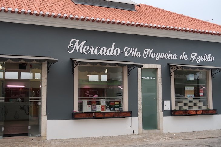 Mercado de Vila Nogueira de Azeitão - Portugal © Viaje Comigo