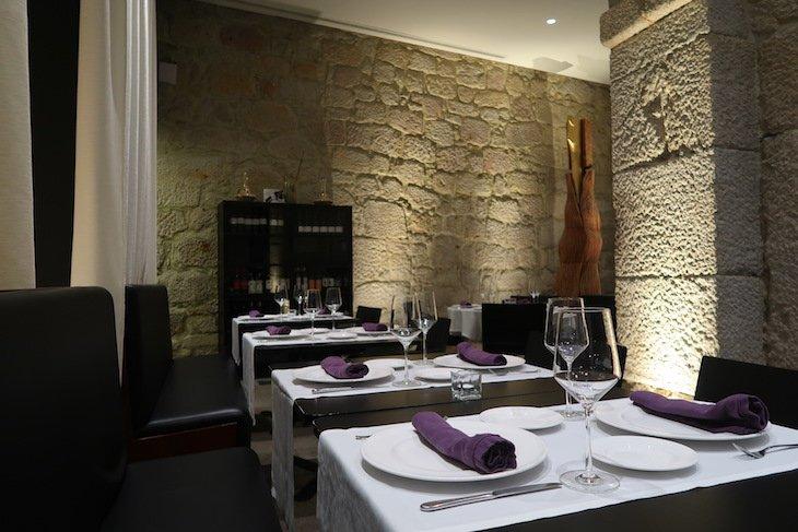 Restaurante Forno Velho - Hotel Carris Porto Ribeira © Viaje Comigo