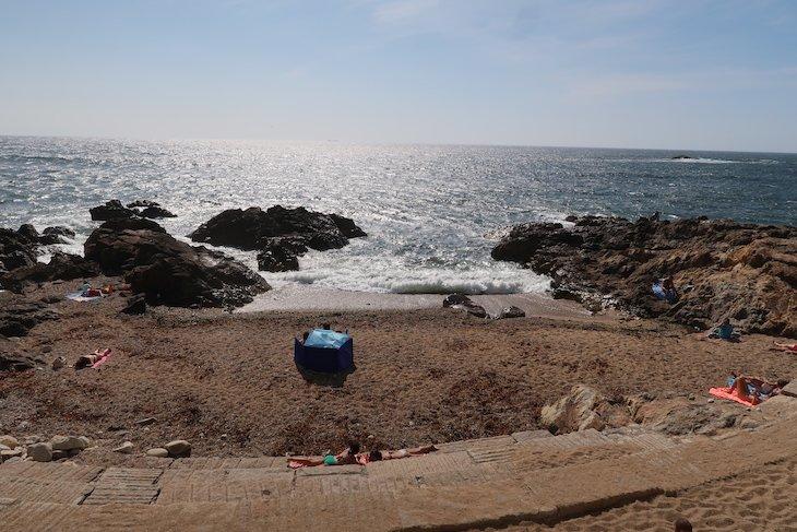 Praia do Ourigo, Porto - Portugal © Viaje Comigo