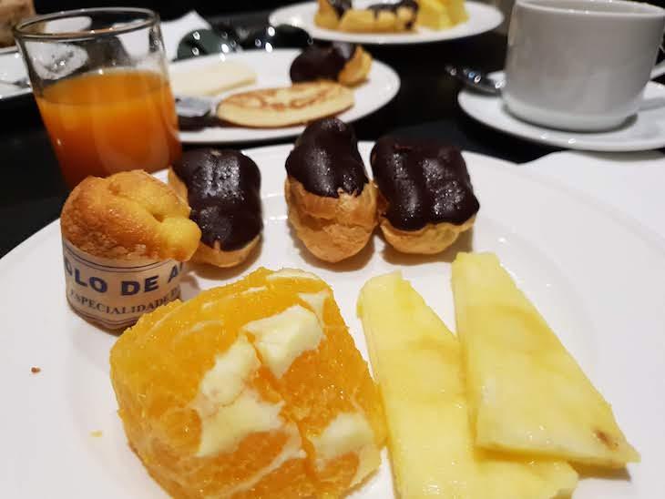 Pequeno-almoço do Hotel Carris Porto Ribeira © Viaje Comigo