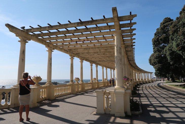 Pérgola da Foz para a Praia do Molhe, Porto - Portugal © Viaje Comigo