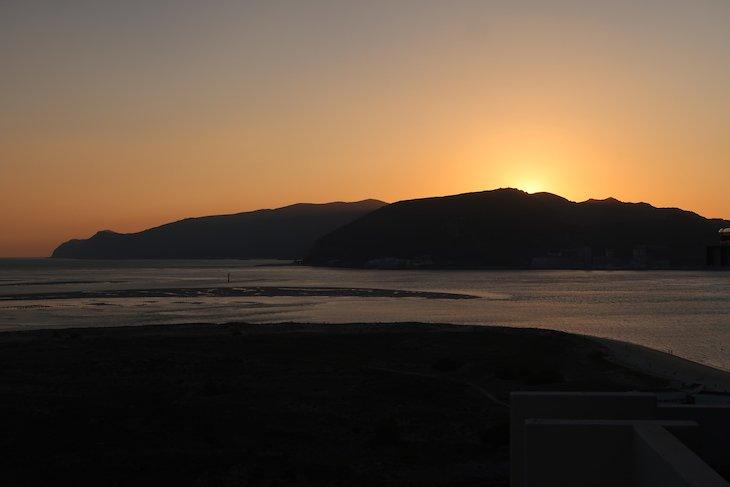 Pôr do sol em Tróia, Portugal © Viaje Comigo