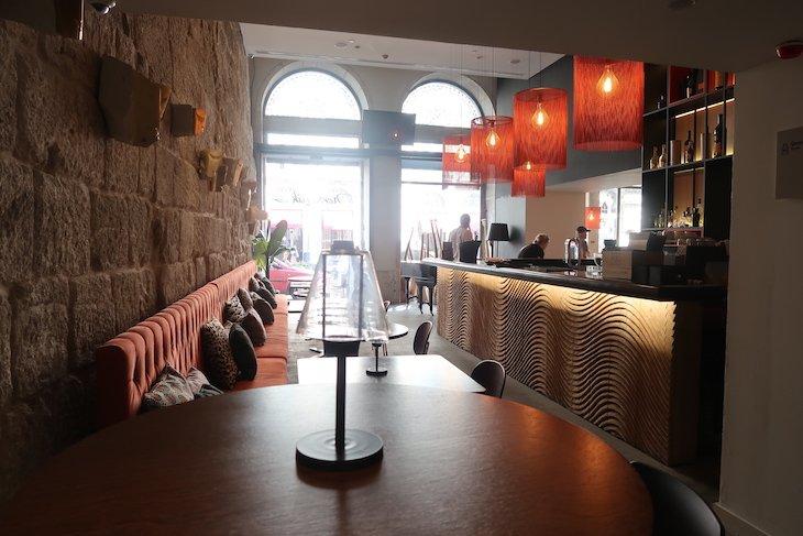 Nomadik Lounge Bar do Hotel Carris Porto Ribeira © Viaje Comigo