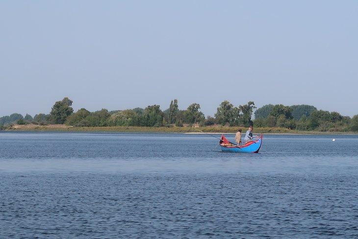 Passeio de barco no Tejo - Região Vitivinícola do Tejo © Viaje Comigo