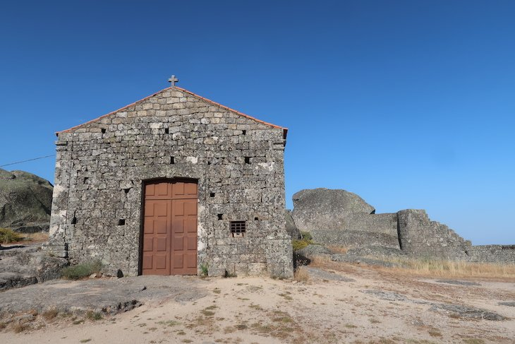 Capela de Santa Maria do Castelo - Monsanto - Aldeia Histórica de Portugal © Viaje Comigo