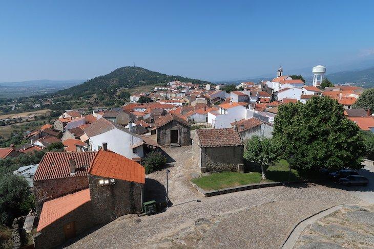 Vista do Castelo de Belmonte - Aldeias Históricas Portugal © Viaje Comigo