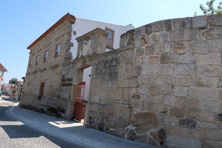 Casa dos Cabrais - Arquivo e Biblioteca - Belmonte, Portugal © Viaje Comigo