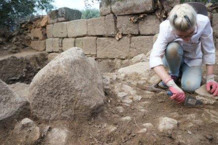 Escavações na Aldeia Histórica de Idanha-a-Velha - Direitos Reservados