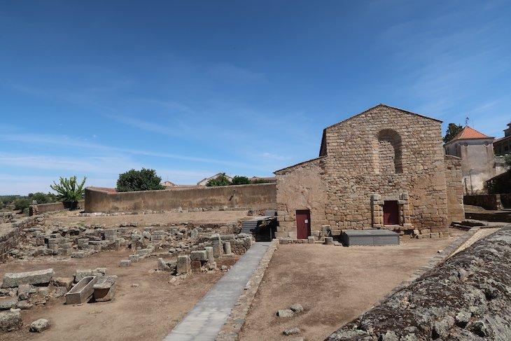 Sé/Catedral da Aldeia Histórica de Idanha-a-Velha. Portugal © Viaje Comigo