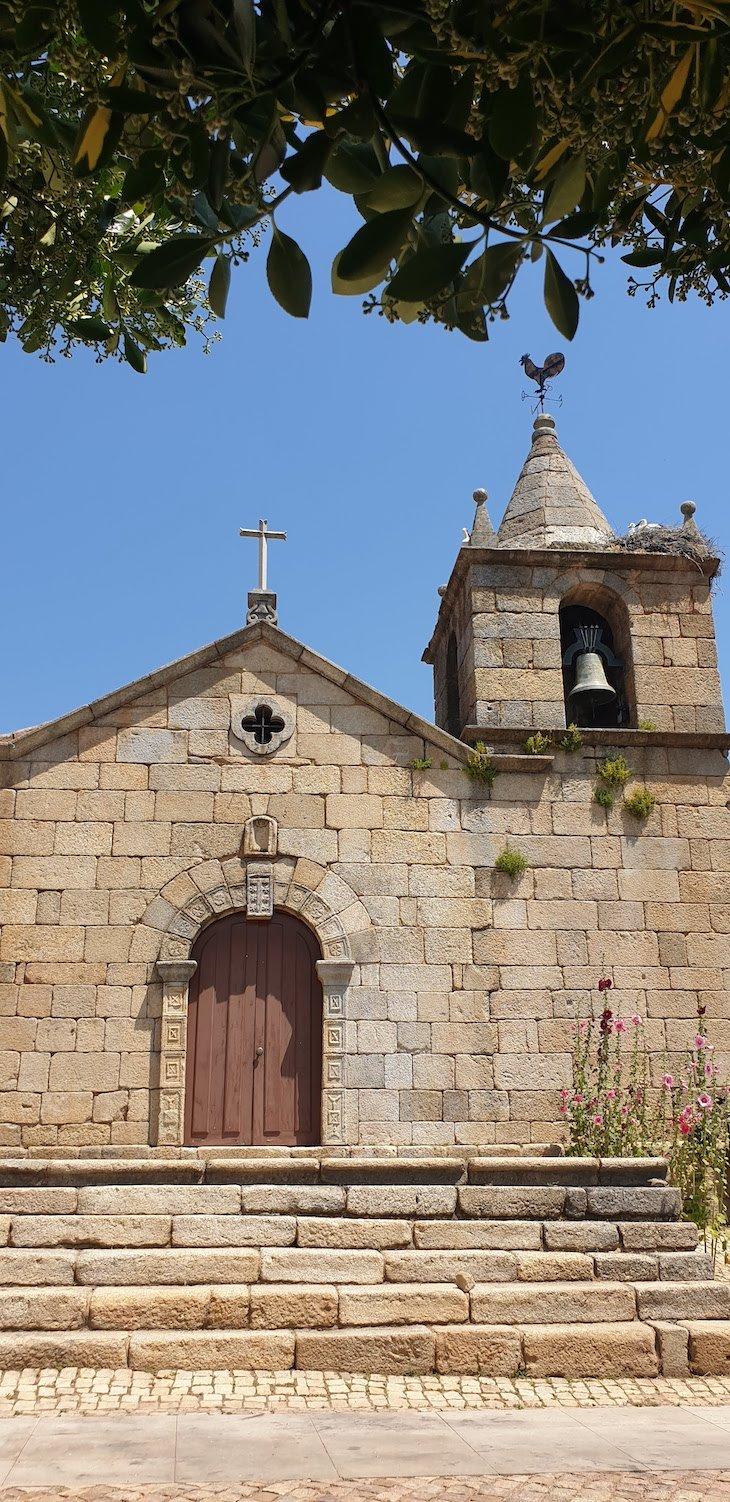 Igreja Matriz da Aldeia Histórica de Idanha-a-Velha. Portugal © Viaje Comigo
