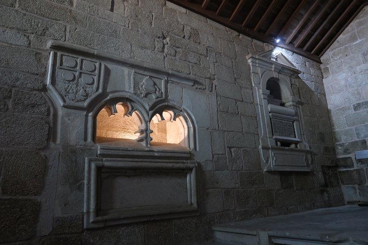 Igreja de Santiago e Panteão dos Cabrais, Belmonte, Portugal @ Viaje Comigo