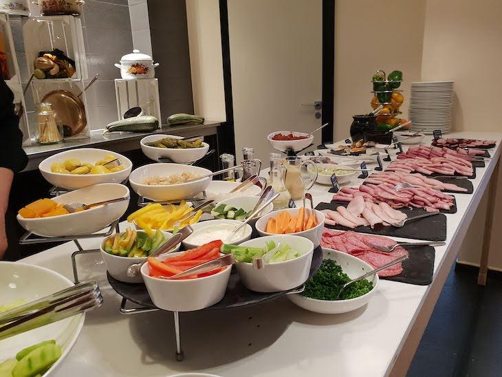 Pequeno-almoço do Hotel Sofitel Warsaw Victoria - Varsóvia - Polónia © Viaje Comigo