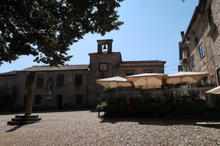 Antigos Paços do Concelho e Pelourinho, Belmonte, Portugal @ Viaje Comigo