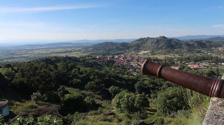 Miradouro dos Canhões - Monsanto - Aldeia Histórica de Portugal © Viaje Comigo